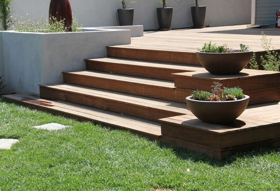 Drought tolerant plants and wood deck